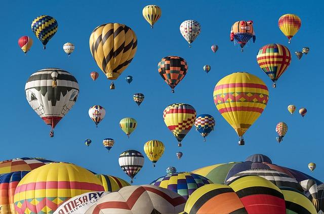 balloons over mukwonago