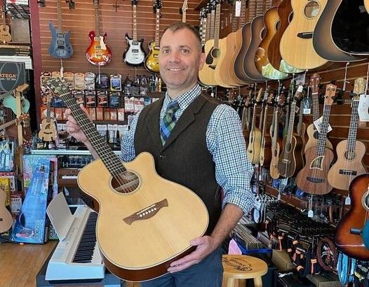 Tagima Guitars